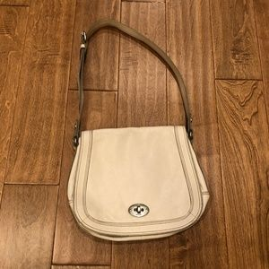 Fossil off white pebble leather messenger bag
